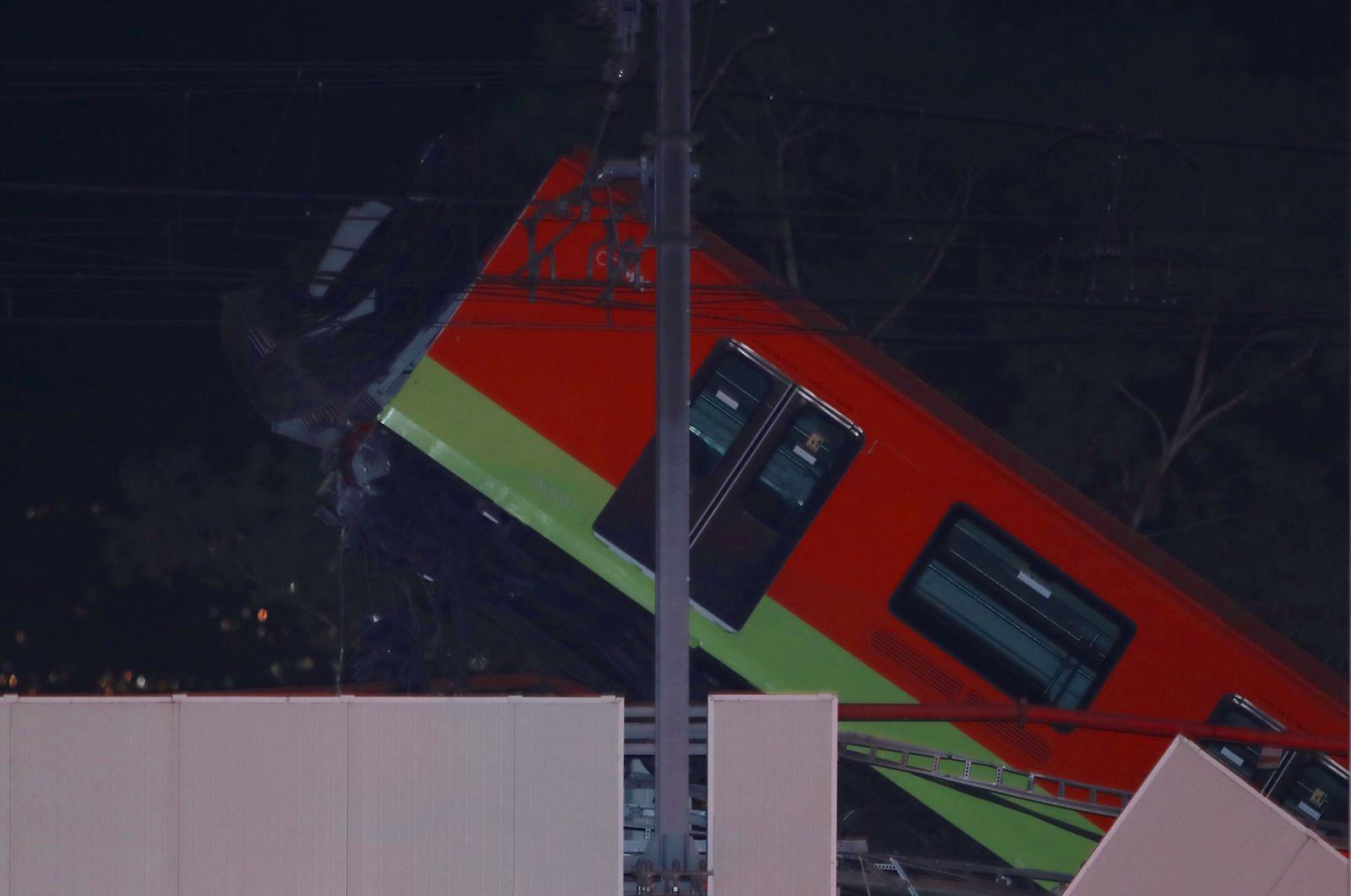 colapso del metro en CDMX