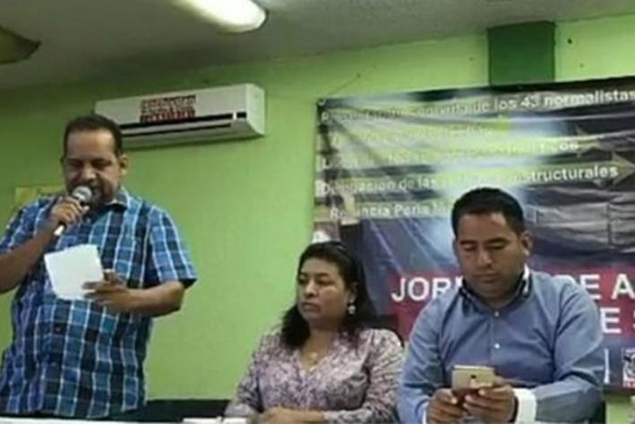 Con movilizaciones, inicia S.22 clases en 13 mil escuelas de Oaxaca