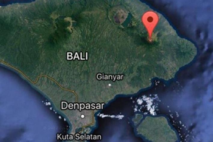 Evacúan a miles de personas en Bali por actividad volcánica — Indonesia
