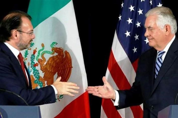Ofrece Tillerson ayuda a México