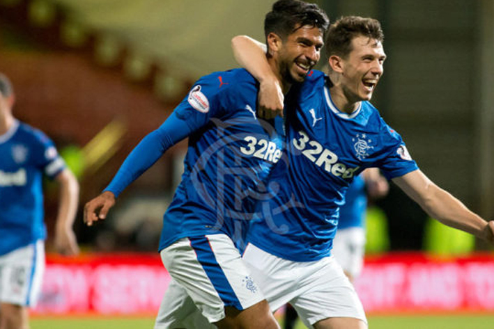 'Gullit' y Herrera anotan en triunfo del Rangers en la Copa