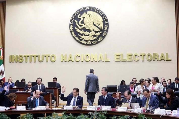 INE sanciona por 539 millones a partidos