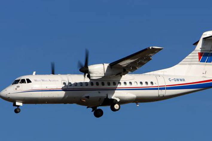 Avión se estrella al despegar en Canadá, reportan heridos pero no muertos