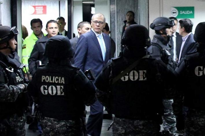 Defensa de vicepresidente Glas solicita suspensión provisional de ejecución de pena