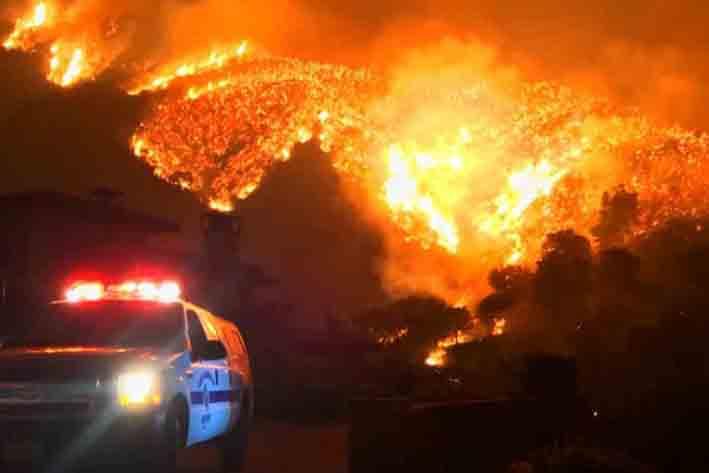 Incendio en California ya es el tercero más grande en su historia