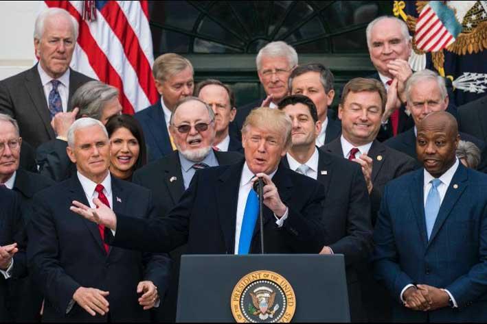 Primer triunfo legislativo de Trump: Congreso aprueba masivo recorte impositivo
