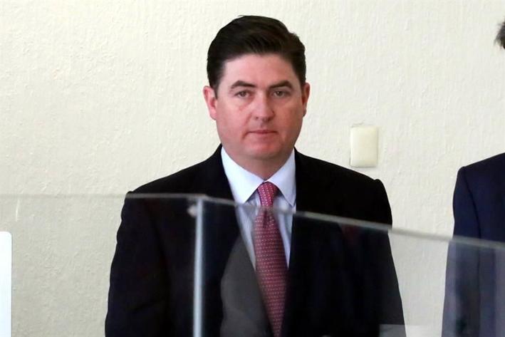 Gana Rodrigo Medina amparo contra embargo
