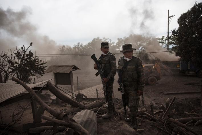 Guatemala: Ascienden a 99 los muertos por erupción del volcán de Fuego