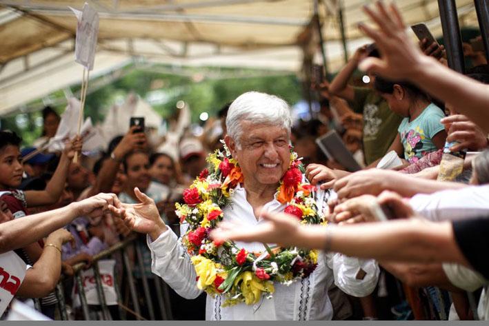 Se manifiestan en contra de AMLO en Mérida — Tercer debate presidencial