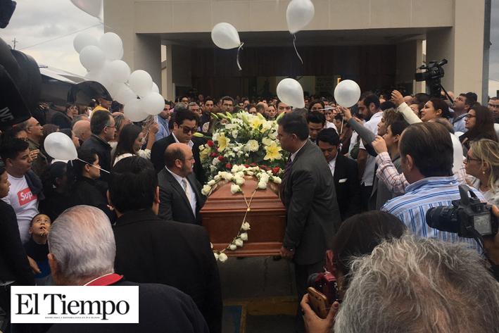 Dan último adiós a Raúl Saldaña - El Tiempo